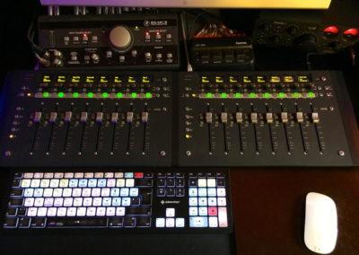 Faders&Tastatut black
